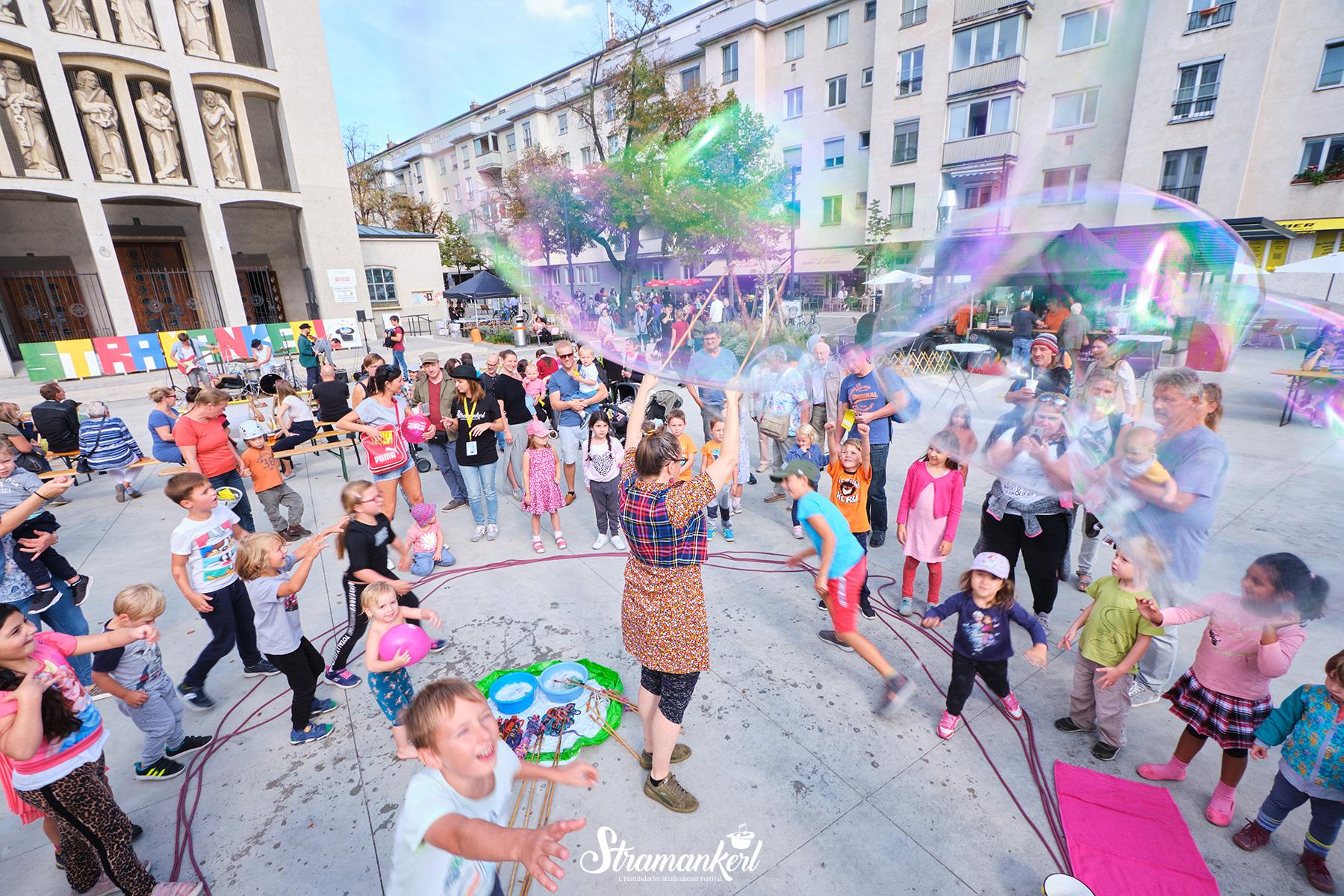 Stramankerl 2019 | Floridsdorfer Straßenkunst Festival